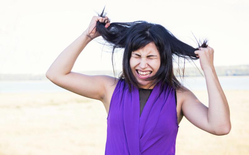 Ayrılık Sonrası Hırsını Saçlarından Alan Kadınlar